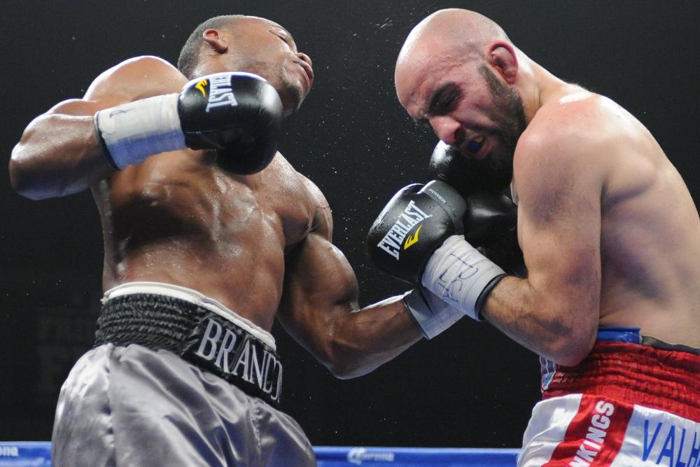 Adams hits Gasparyan